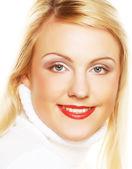 женщина лицо крупным планом с ярко красная помада — Стоковое фото