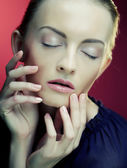 Beautiful woman model with fresh daily makeup — Stock Photo