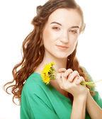 Woman with dandelion bouquet — Стоковое фото