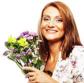 Mulher com flores buquê — Foto Stock