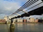 Millennium Bridge and St.Paul's Cathedral — Stock Photo