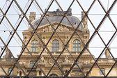 Musée du louvre à paris, france — Photo