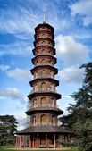 The Chinese pagoda in Kew Gardens in London — Stock Photo