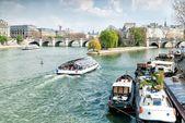 View of Seine River, Cite Island and bridge Pont Neuf — Stock Photo