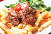 Cuadrados hamburguesas con patatas fritas — Foto de Stock