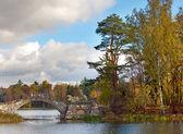 Russia. Saint-Petersburg. Gatchina. Autumn in palace park — Stock Photo