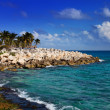 The sea coast in Xcaret park near Cozumel, Mexico — Stock Photo