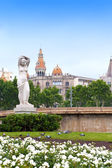 Spanien. barcelona. fontänen på placa de catalunya — Stockfoto