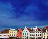 Old city, Tallinn, Estonia. Bright multicolor houses on the Town hall square — Stock Photo