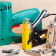 The tool - staplers electrical and manual mechanical - for repair work in the house and on furniture, and brackets — Stock Photo