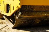 Rolo de estrada de máquina de construção — Fotografia Stock