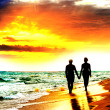 Couple Walk on the Beach — Stock Photo