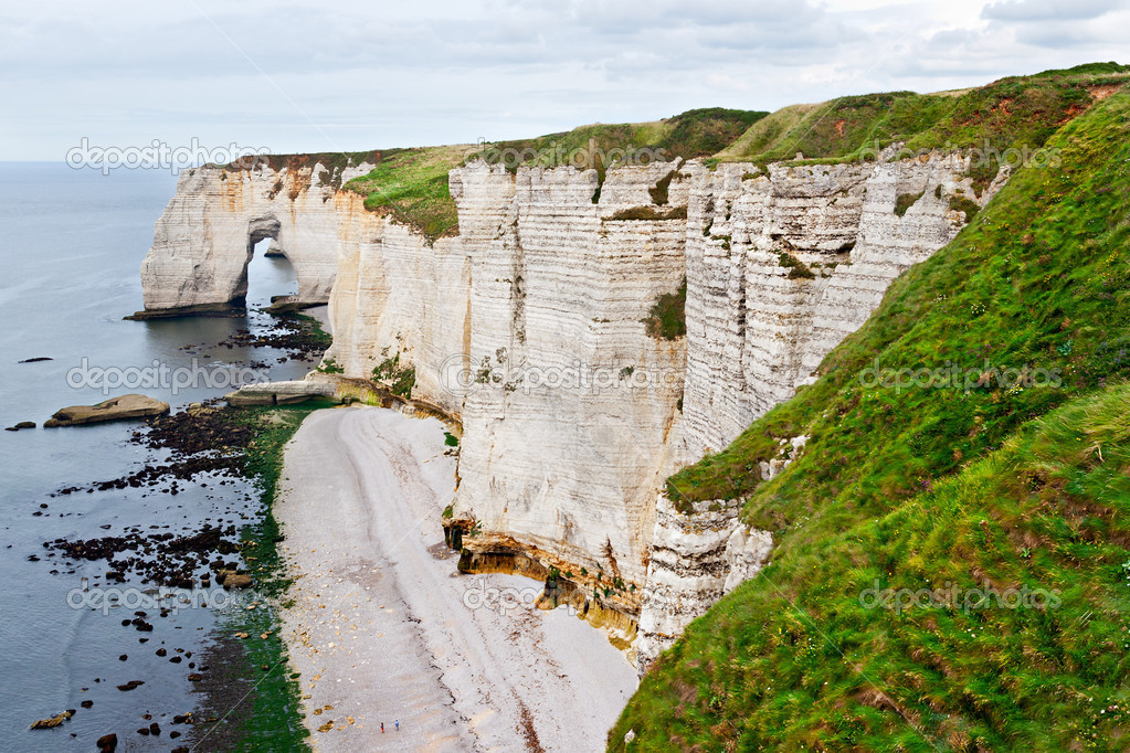 Cliffs of Etretat, Normandy, France — Stock Photo #13343011