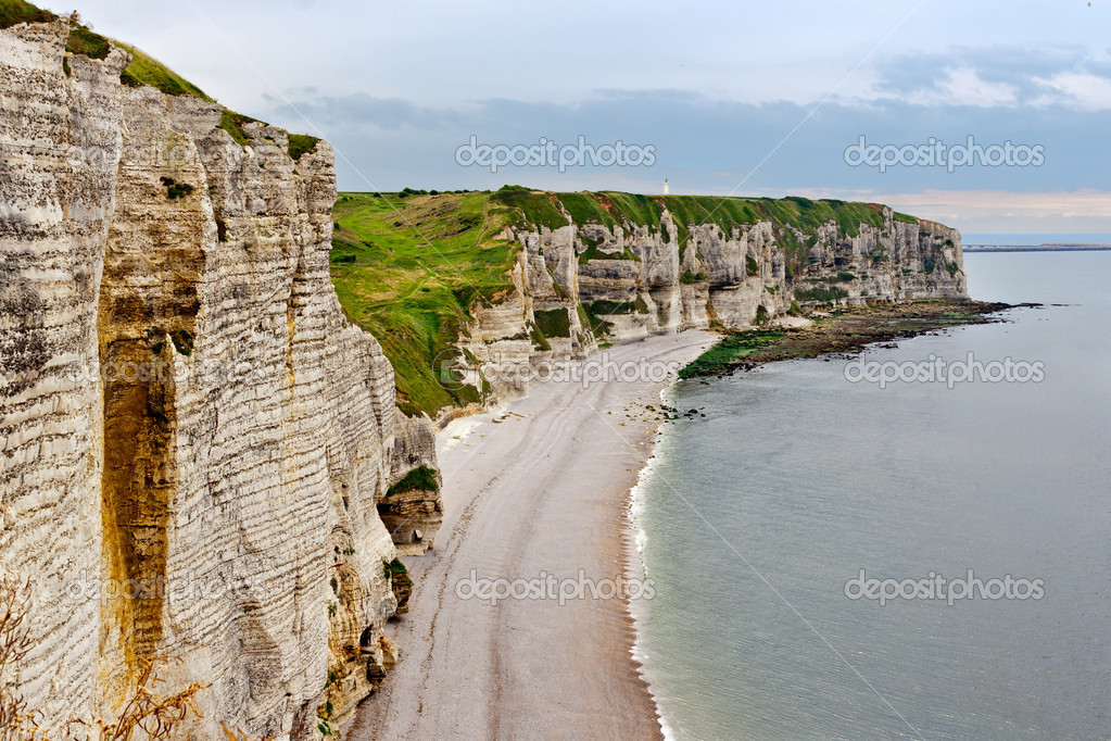 Cliffs of Etretat, Normandy, France — Stock Photo #13343013