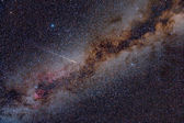 Perseid Meteor Crossing the Milky Way — Stockfoto