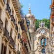 SAN SEBASTIAN, SPAIN - AUGUST 13: Casco Viejo in San Sebastian, — Stock Photo
