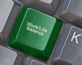 Clavier avec touche pour travail - équilibre de vie — Photo