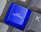 Teclado com chave para geração de leads — Fotografia Stock