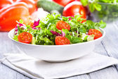 Fresh salad with vegetables — Stockfoto