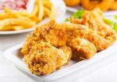 Stekt kyckling — Stockfoto