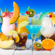 Tropical cocktails with fresh fruits — Stock Photo