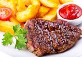 肉のグリル — ストック写真