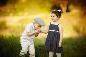 Little boy kissed a girl — Stock Photo