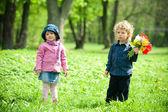 Chlapec a dívka na setkání — Stock fotografie