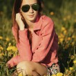 Beautiful young girl with sunglasses — Stock Photo