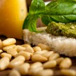 Italibasil pesto bruschettingredients — Stok Fotoğraf #33631743