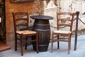 Tuscany - tables on the street — Stockfoto