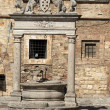 Old well in Piazza Grande - Montepulciano , — Stock Photo
