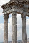 храм траяна в акрополь пергамский — Стоковое фото