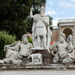 Rome - sculpture and fountain of Piazza del Popolo — Stock Photo