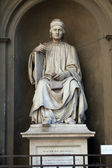 Statue of the famous architect Arnolfo di Cambio- Florence — Stockfoto