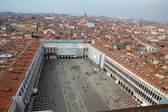 Aerial view of Venice city from the top of the bell tower at the San Marco Square, Italy — Stock Photo