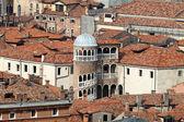 Скала Контарини дель Боволо - красивые древние спиральная лестница в Венеции, Италия — Стоковое фото