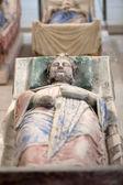 Tomba di riccardo cuor di leone e isabella di angouleme nell'abbazia di fontevraud - valle della loira, francia — Foto Stock