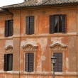 Old roman house by Spanish steps in Rome — Stock Photo