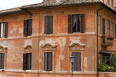 Old roman house by Spanish steps in Rome — 图库照片