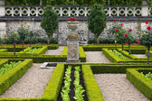 Kitchen garden in Chateau de Villandry. Loire Valley, France — Stock Photo