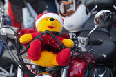 The parade of Santa Clauses on motorcycles around the Main Market Square in Cracow — 图库照片