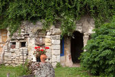 The homestead of troglodytes forged in the rock near Saumur — Stok fotoğraf
