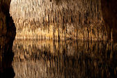 Caves of Drach with many stalagmites and stalactites. Majorca, Spain — Stock Photo