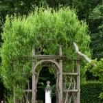 ogrody przy zamku chenonceau w dolinie Loary w Francji — Zdjęcie stockowe #48998033