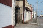 小さな町のさびれた通り — ストック写真