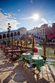 Venedik'teki rialto köprüsü — Stok fotoğraf
