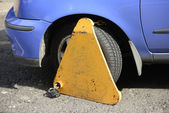 Wheel clamp — Stock Photo