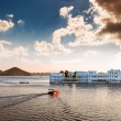 lake pichola and taj lake palace in udaipur. india. — Stock Photo