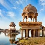 Gadi Sagar (Gadisar), Jaisalmer, Rajasthan, India, Asia — Stock Photo #30878925